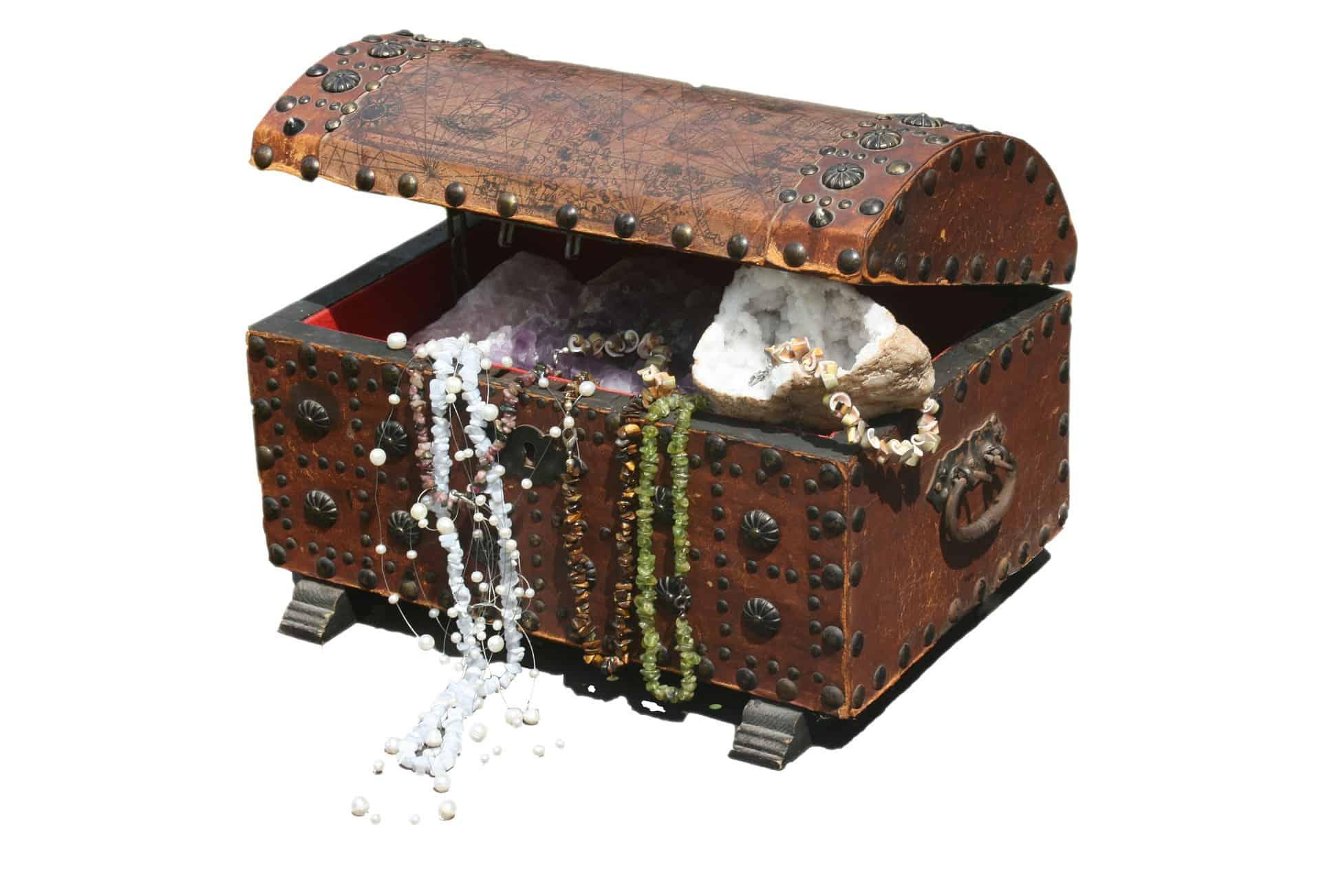 treasure-chest-242317_1920